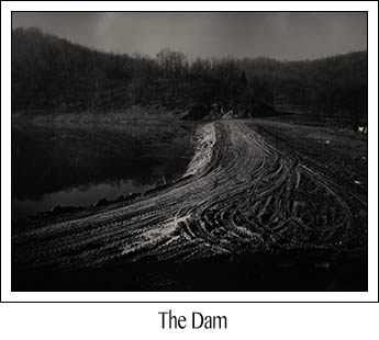 Photo of the dam at Austin Lake Park