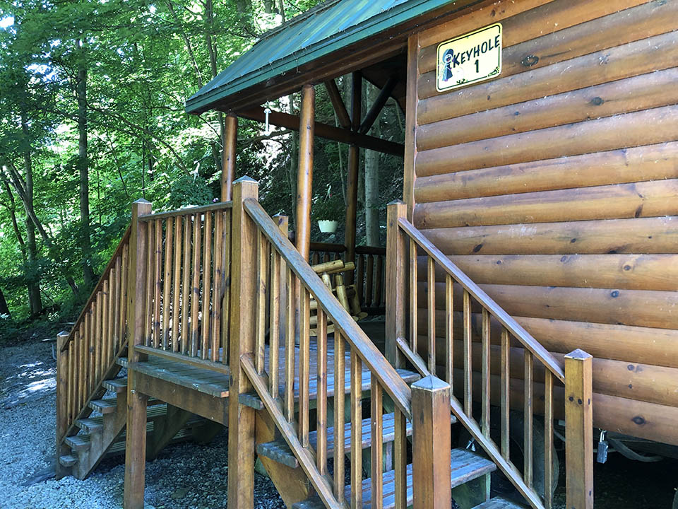 steps to keyhole cabin 1