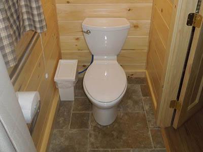 keyhole cabin bathroom
